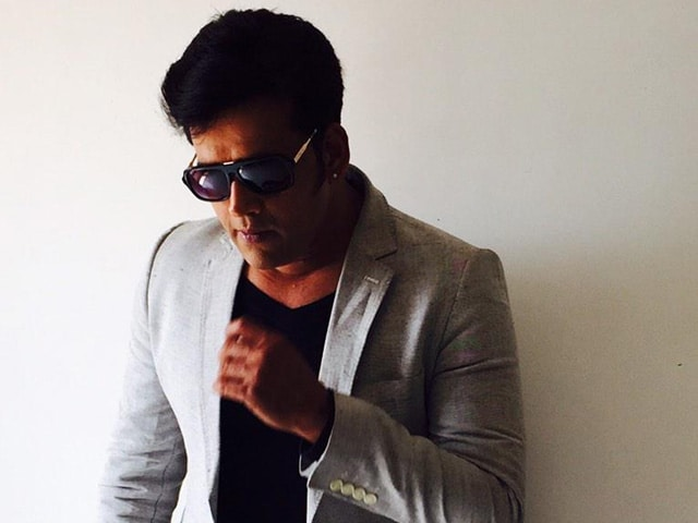 Ravi Kishan to Play Fading Superstar in Bombairiya