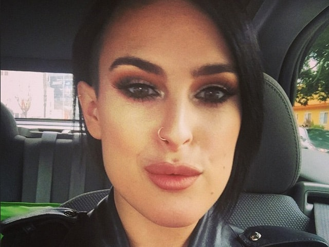 Bruce Willis, Demi Moore's Daughter Says She Was Bullied For 'Not Looking Like Mother'