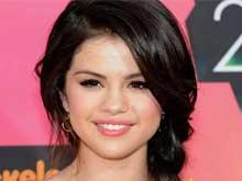 Selena Gomez's Friends Worried She Might Date Justin Bieber Again