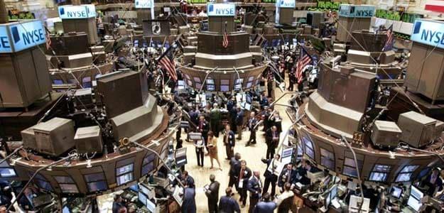 US Stocks Tumble; Dow Slips 1.7%