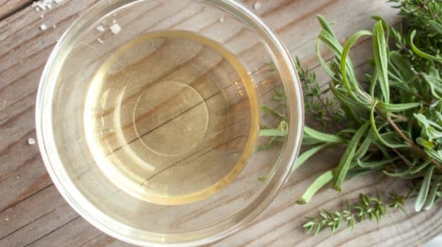 7 Easy Home Remedies to Get Rid of Dandruff - NDTV Food