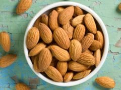 Here's How You Can Chop Almonds Like A Pro