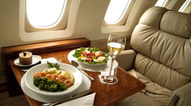The Dos and Don'ts for a Healthy In-Flight Experience