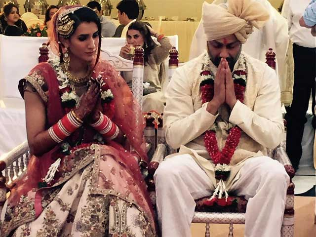 Rock On!! Director Abhishek Kapoor Marries Pragya Yadav