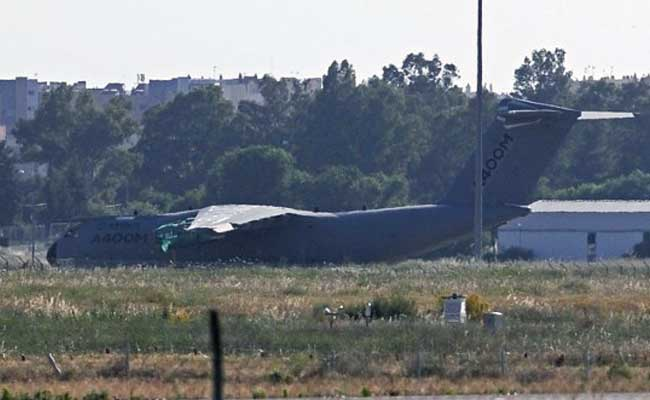 Spain Finds Cockpit Recorders of Crashed Airbus A400M