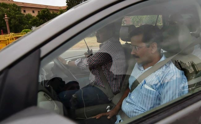 Feud Between Arvind Kejriwal and Lieutenant Governor Najeeb Jung Reaches President