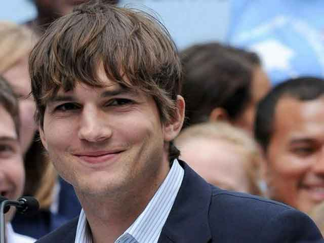 Ashton Kutcher Did This as a Surprise For His Mother
