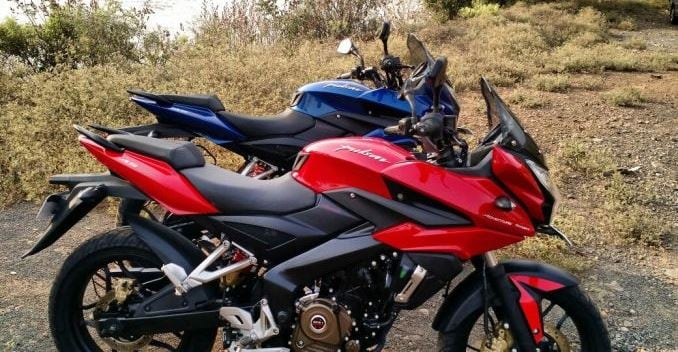 Review pulsar as 200 and as 150 ndtv carandbike for Canape 150 x 200