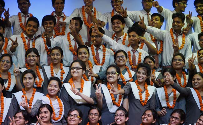 CBSE Class 12 Examination Results Declared, Delhi Girl Tops