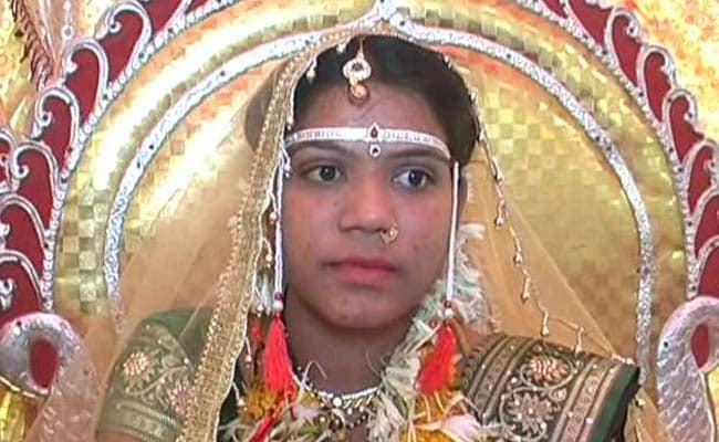 Maharashtra Bride Takes a Toilet as Wedding Gift
