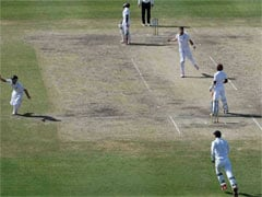 इंग्लैंड को तीन दिन में हराकर वेस्ट इंडीज़ ने बराबर की सीरीज़