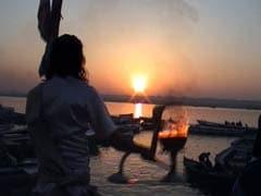अजय सिंह की कलम से : बदहाली के मझधार में खुशहाली का किनारा ढूंढता मैं बनारस हूं