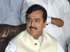 Former Pakistani Prime Minister Gilani Speaks to Abducted Son For First Time in 2 Years