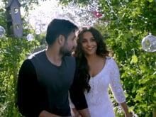<i>Hamari Adhuri Kahani</i> Title Track Chronicles Vidya Balan, Emraan Khan's Emotionally Riveting Love Story
