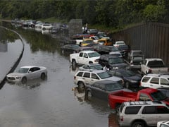 Torrential Rains Kill 8 in Texas, Okhlahoma