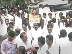Supporters Celebrate Jayalalithaa's Acquittal Outside Her Residence in Chennai