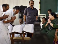 O Panneerselvam Revolts, Says Jayalalithaa Wanted Him To Be Chief Minister