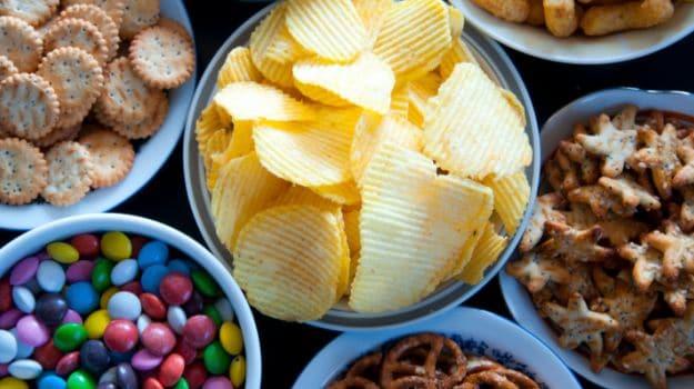 Cheap Junk Food Expands Waistlines in Emerging Economies