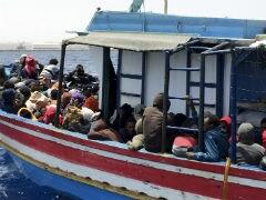 यूनान के तट के पास नौका डूबी, 10 बच्चों सहित 24 लोगों की मौत