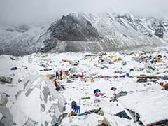 After Nepal Disasters, More Climbers Eye Chinese Route to Top of World