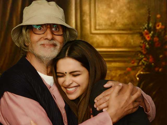 Piku Looks Happiest in her Father's Arms in New Poster - NDTV Movies