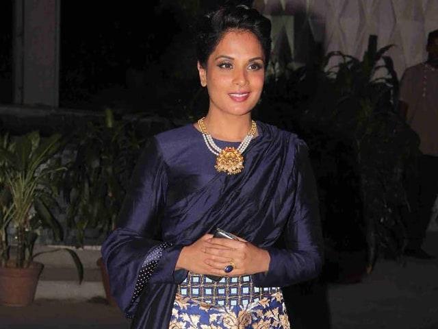Don't Dismiss Richa Chadha as 'Unglamorous', Says Pooja Bhatt