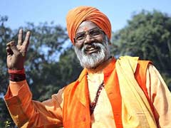 UP Elections 2017: Graveyards Should Not Be Constructed At All, Says BJP MP Sakshi Maharaj