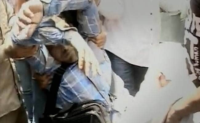 Outside Court, Salman Khan Fan Tries to Kill Himself, Says Police
