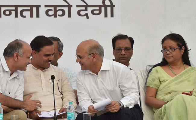 Delhi Bureaucrat Shakuntala Gamlin Complains to Lieutenant Governor Against AAP Minister