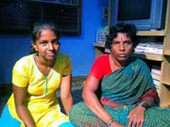 बेंगलुरु : घरों में बर्तन साफ़ कर 12वीं में हासिल किए 85 फीसदी अंक