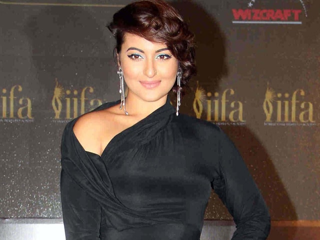 IIFA 2015: Sonakshi Sinha Will Sing at Musical Event IIFA Rocks