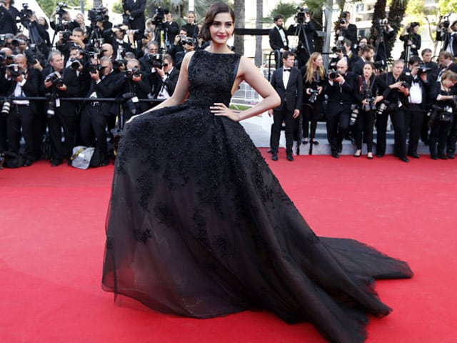 Cannes 2015: Sonam Kapoor Has a Surprise This Year