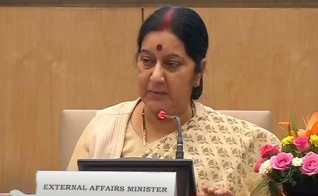 सुषमा स्वराज बोलीं, 'अतिसक्रिय' प्रधानमंत्री चुनौती नहीं, सहारा हैं
