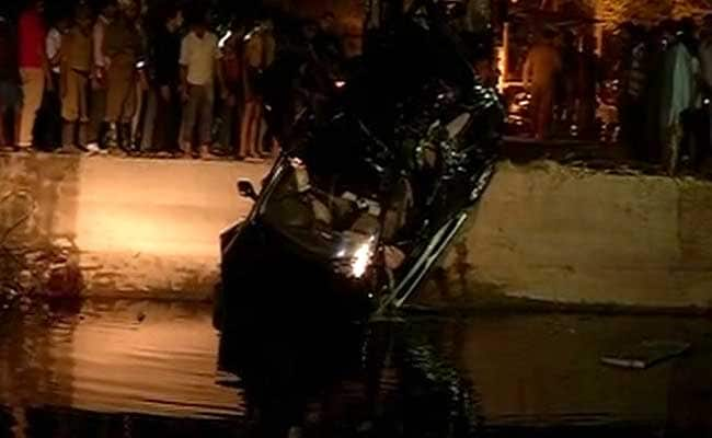 2 Brothers Killed as Speeding SUV Plunges Into Drain in East Delhi