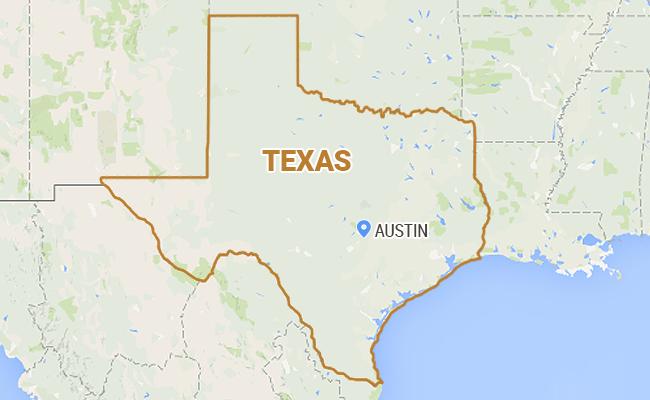 Tornado Kills 1 in North Texas, Several Twisters Touch Down in Colorado