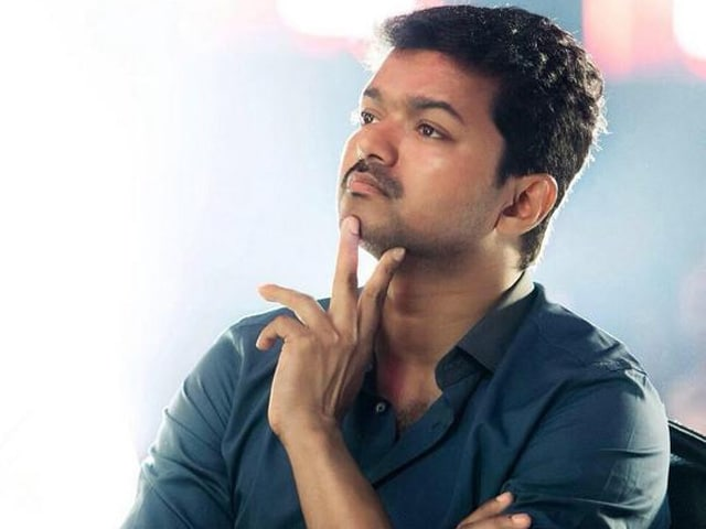 Actor Vijay's Fan Club Sends Aid to Nepal Quake Victims