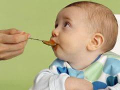 Baby Food: एक साल तक के बच्चों को क्या खिलाएं और क्या नहीं? ये चीजें खिलाना पड़ सकता है भारी