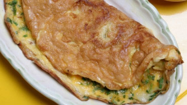 cheese onion omelete