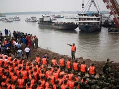 Toll in China Ship Tragedy Rises Past 400 as Workers Remember Dead