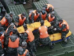 Faint Knocking Saves a Life on Sunken Chinese Cruise Ship
