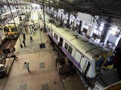 Railways Minister Suresh Prabhu Comes Down Hard on 'Freak Churchgate Accident'