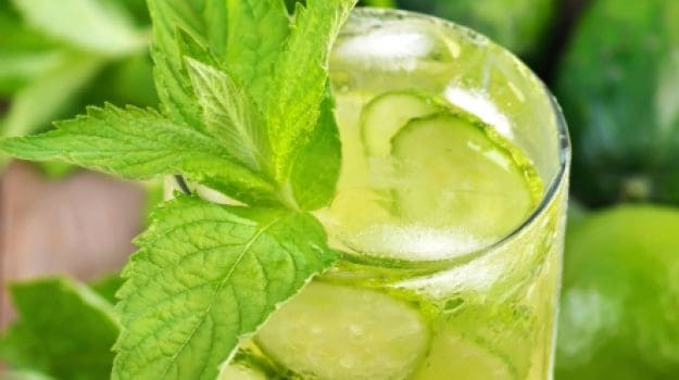 ditch-the-sugar-laden-colas-make-your-own-flavoured-water-this-summer-1