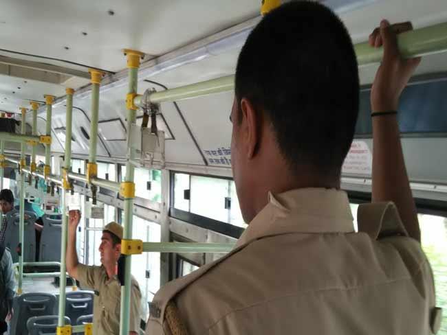 महिला सुरक्षा :  दिल्ली की DTC बसों में तैनात होंगे और होमगार्ड्स