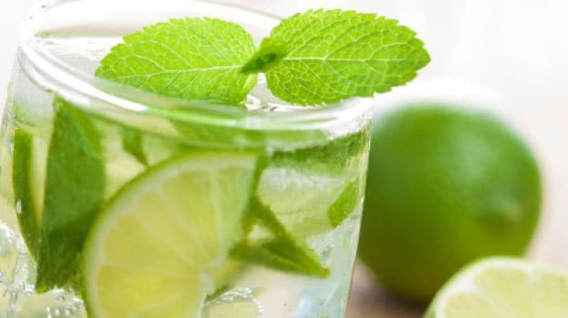 ditch-the-sugar-laden-colas-make-your-own-flavoured-water-this-summer-4