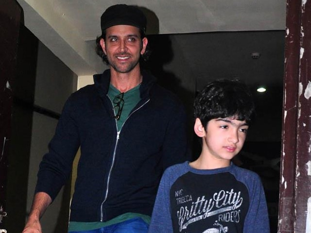This Pic of Hrithik Roshan and His Son Will Make You ROFL