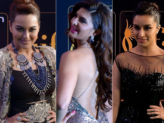 At IIFA Rocks, Sonakshi, Jacqueline, Shraddha Add Glitter to the Green Carpet