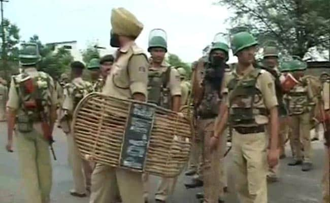 Jammu-Pathankot Highway Blocked by Sikh Protestors, Internet Services Suspended