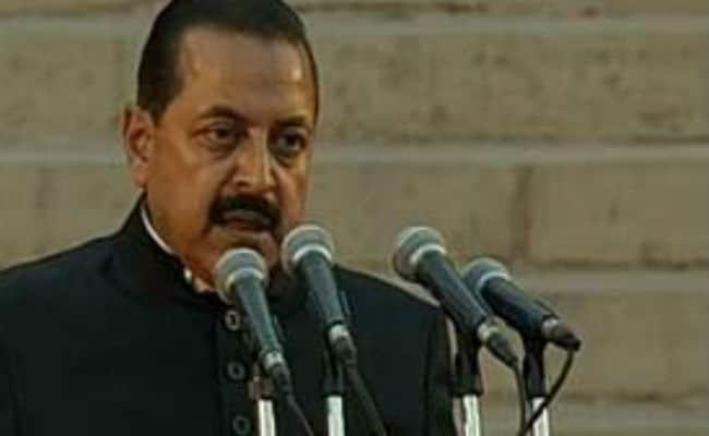 सुरक्षा बलों का मनोबल कम करने वाला फैसला नहीं लिया जाएगा : जितेंद्र सिंह