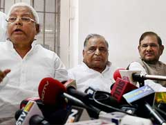 Nitish Kumar To Be Chief Ministerial Candidate of JD(U)-RJD Alliance, Lalu Prasad Proposes Name