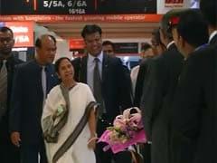 Mamata Banerjee Arrives in Dhaka Ahead of Prime Minister Narendra Modi's Visit